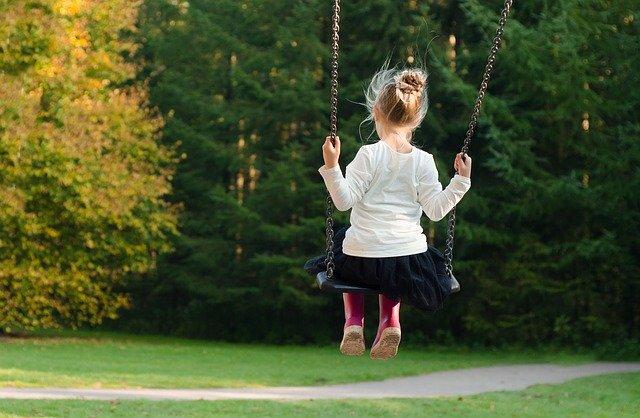 Kemampuan fisik dan bahasa pada anak usia 5 tahun