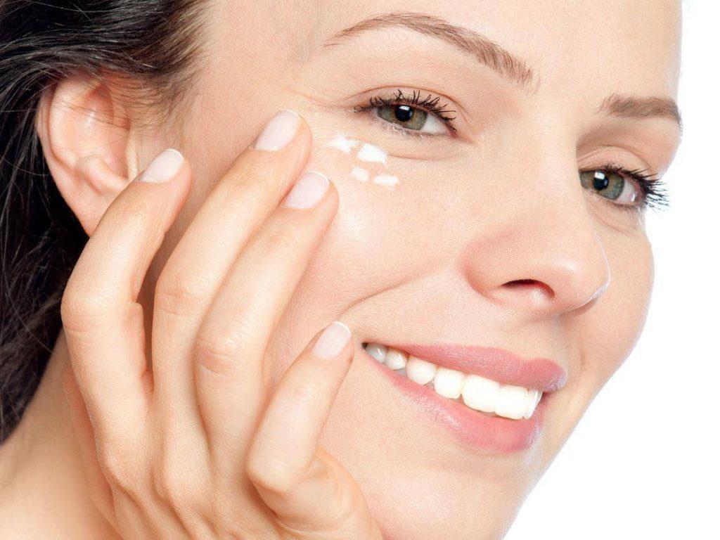 Kebutuhan skincare berdasarkan usia