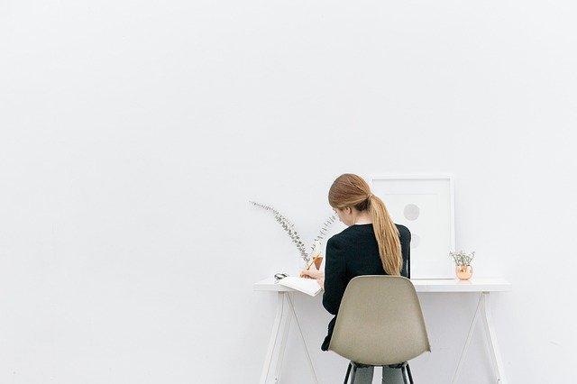 menyusun-manajemen-waktu-ibu-rumah-tangga-freelancer