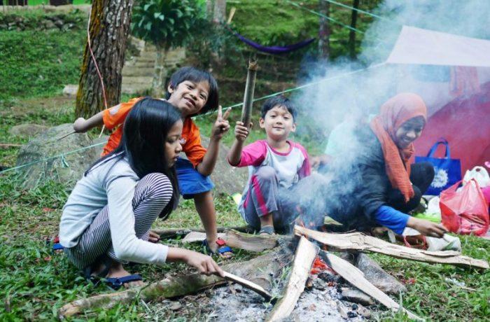 perlengkapan-camping-dengan-anak