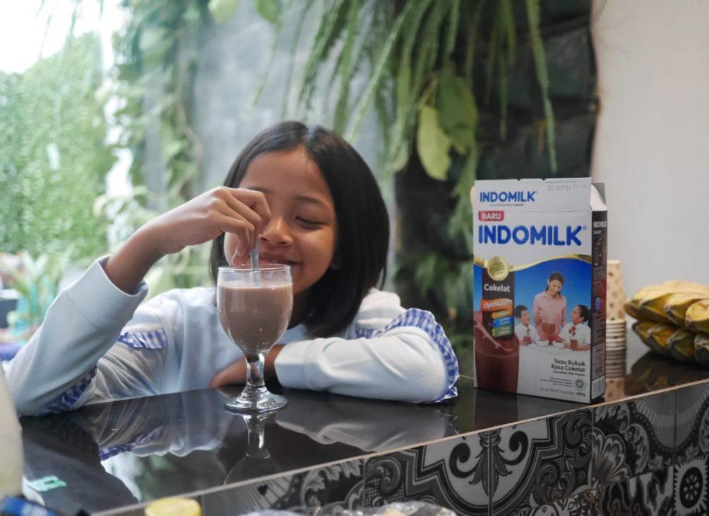 cara penyajian Indomilk susu bubuk rasa coklat