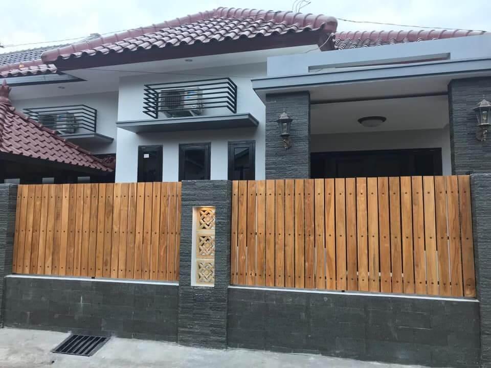 Tampak depan bangunan homestay Omah Tentrem 55 Jogja