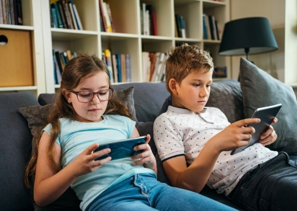 Pentingnya literasi digital pada anak
