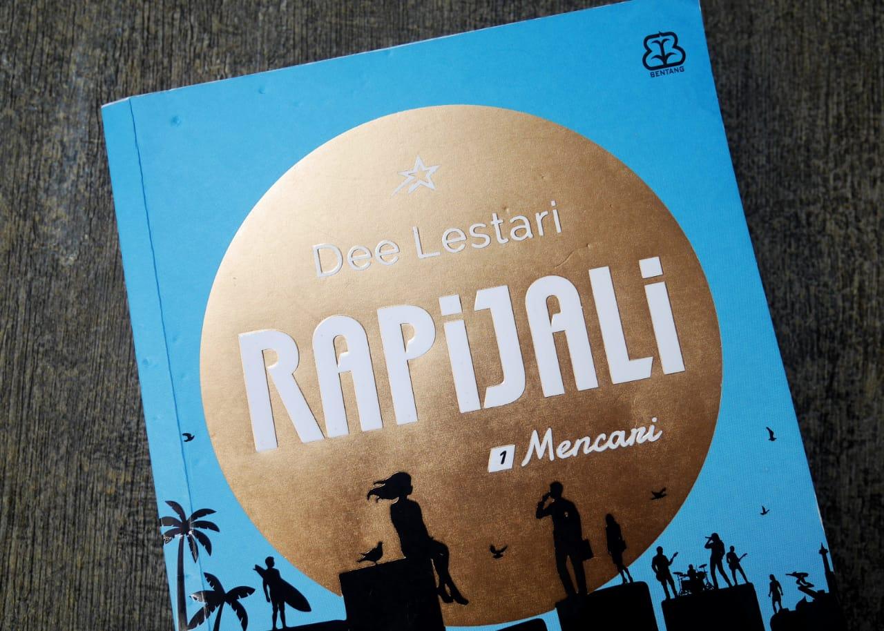 Resensi novel Rapijali 1: Mencari